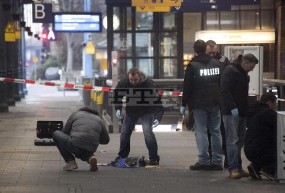 Bonn-bomb-plot-Dec2012-thumb-560x379-1354