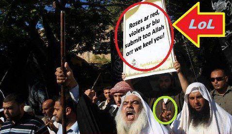 Cartelon muslim con faltas de ortografia en ingles