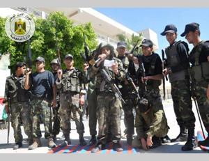 """Alumnos del programa """"alfatuah"""". En simulación a un ataque al Thazal"""