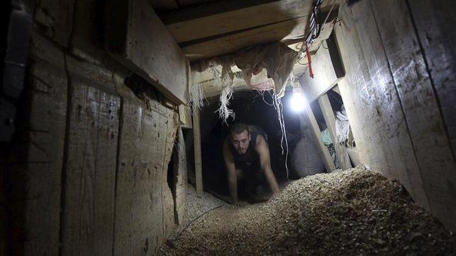 Egipto-inunda-tuneles-Gaza_EDIIMA20130218_0146_4