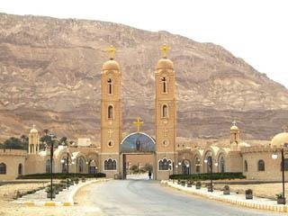 egipto-sacerdote-07-07-2013-180