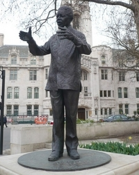 the-statue-of-nelson-mandela-in-parliament-square_200_0