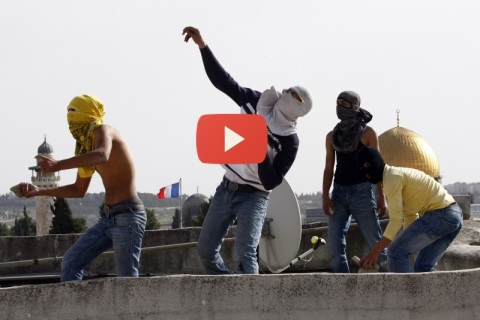 rock-throwers muslim arroban piedras desde la mezquita en sucot