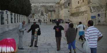 Israel se prepara para la llegada de turistas a la Iglesia de la Natividad en Belén
