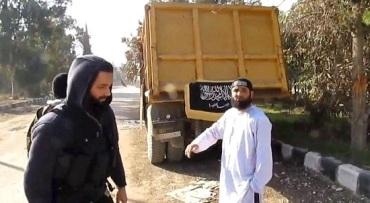 Terrorista Islamico Britanico libera con camion bomba a otros terroristas capturados en Siria