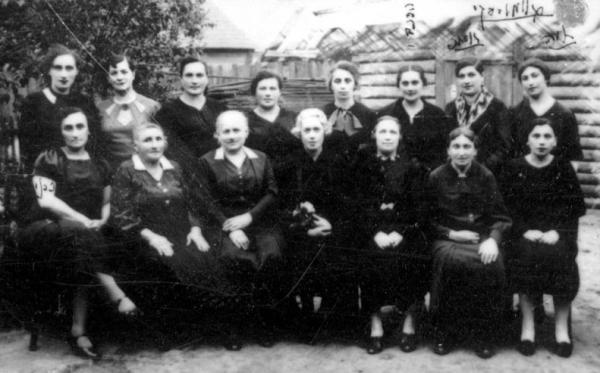 Organización de mujeres WIZO de Mir. Judías organizadas.
