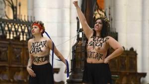 Activistas-Femen-encadenaron-Almudena-AFP_CLAIMA20140613_0148_27