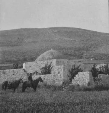 keystone joseph's tomb horseback