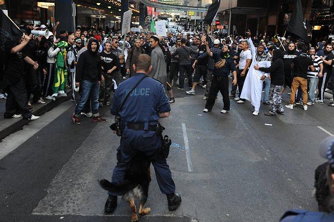 766180-muslim-protest-in-sydney