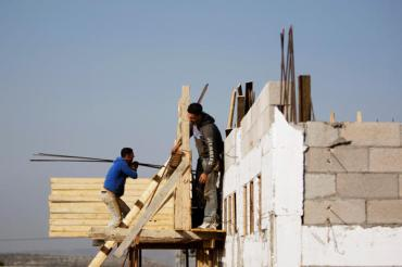 0126-israel-palestinian-settlements-construction-workers.jpg_full_600