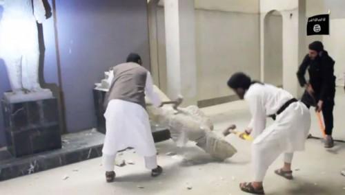 Miembros-ISIS-destrozan-martillos-Ninive_EDIIMA20150226_0479_5
