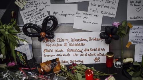 condolencias por las victimas del avión estrellado en los Alpes