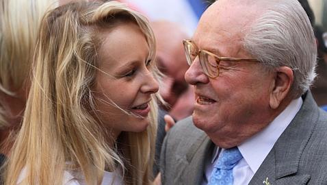 11e01MlPen y varios_0100 variante Marion Marechal Le Pen y  su abuelo variante ABC--478x270