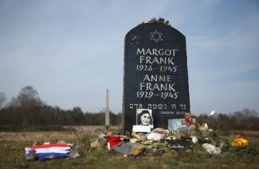 Bergen-Belsen-murieron-reclusos-prisioneros-guerra_TINIMA20150415_0381_19