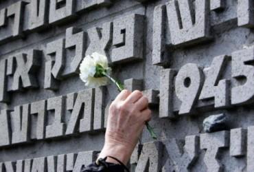 Bergen-Belsen-murieron-reclusos-prisioneros-guerra_TINIMA20150415_0386_19
