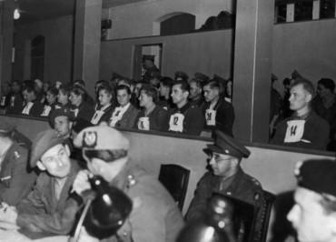 Bergen-Belsen-murieron-reclusos-prisioneros-guerra_TINIMA20150415_0396_19