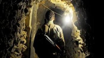 Una imagen supuestamente desde el interior de un túnel de Hezbolá en la frontera norte, como se muestra por As-Safir (As-Safir foto)