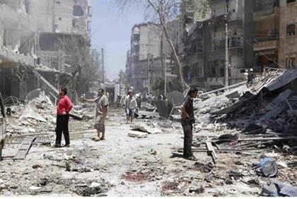 Alepo bombardeado por Assad