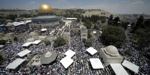 temple-mount-ramadan-prayer-