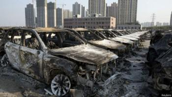 Más de 200 expertos en materiales químicos del ejército chino llegaron a Tianjin. Su primera tarea es hacer pruebas para detectar gases tóxicos en el aire, según informa la agencia de noticias china Xinhua.