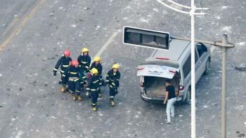 Los equipos de rescate continúan trabajando para encontrar posibles heridos.