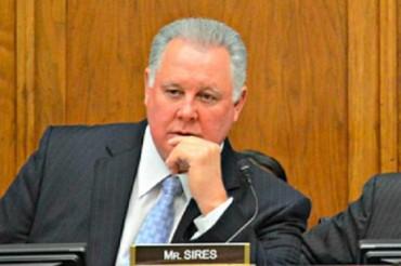 Albio-Sires Congresista democrata USA