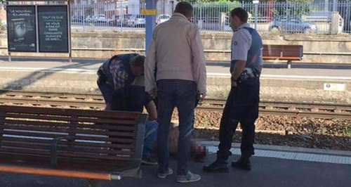 at-least-2-injured-in-shooting-on-train-from-amsterdam-to-paris
