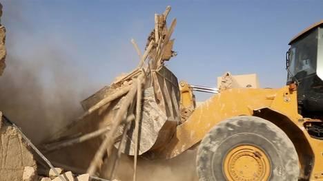 ISIS-excavadoras-monasterio-Siglo-SiriaAP_CLAIMA20150821_0087_18