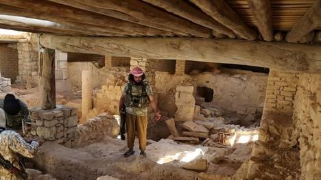 ISIS-San-Elian-Siria-AP_CLAIMA20150821_0088_18