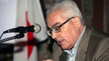 n esta foto sin fecha difundida Martes, 18 de agosto 2015 por el SANA Siria agencia oficial de noticias, uno de antigüedades más destacados estudiosos de Siria, Khaled al-Asaad, habla en Siria. Militantes islámicos estatales decapitados al-Asaad en la antigua ciudad de Palmira, Siria, y luego atados a su cuerpo a una de las columnas romanas de la ciudad, medios de comunicación estatales sirios y un grupo de activistas dijeron el miércoles. El asesinato de 81 años de edad, al-Asaad fue la última atrocidad perpetrada por el grupo militante, que ha capturado a un tercio de Siria e Irak. (SANA vía AP)