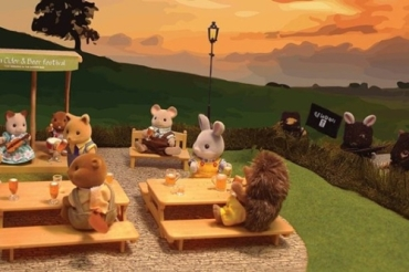 Artwork-showing-Sylvanian-Families-terrorised-by-Isis-banned-from-free-speech-exhibition-585x390