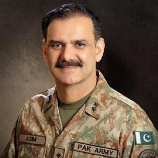 General de Pakistán AsimBajwaI