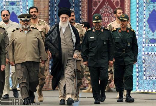 Jamenei con jefes Guardia Revolucionaria Islámica