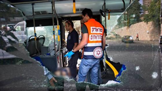 Autobus atacado