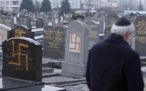 jewish-cemetery_2495092b