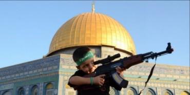 Nene palestrucho con fusil