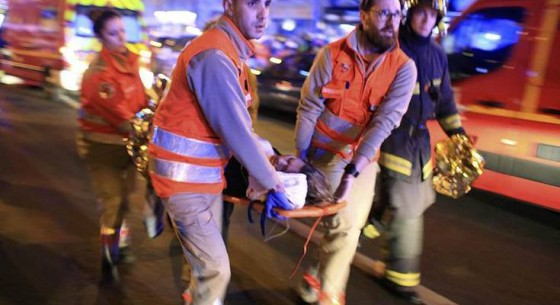11132015_paris_attacks_12_AP.2e16d0ba.fill-735x490-735x400