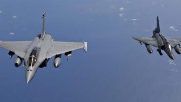 bombardeo-frances-sobre-el-bastion-del-estado-islamico-en-siria