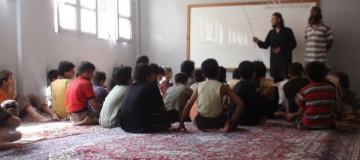 Niños siendo entrenados por el ISIS