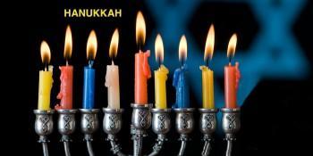 Hanukkah; el color comunica, la fiesta de las luces y velas de colores