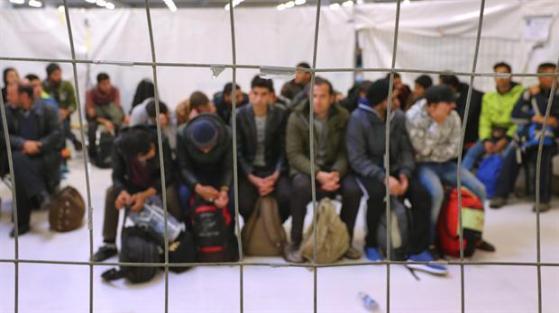 crisis-de-inmigrantes-en-europa-2112871w620