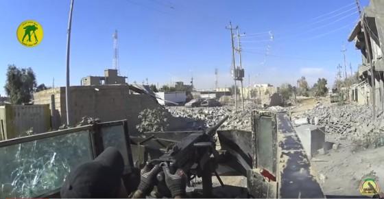 ISIS quema a sus combatientes que huyen de Ramadi