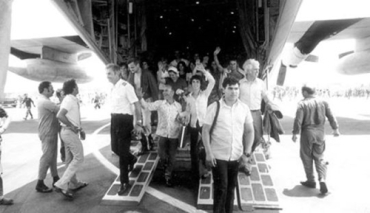 Entebbe-hostages.jpg