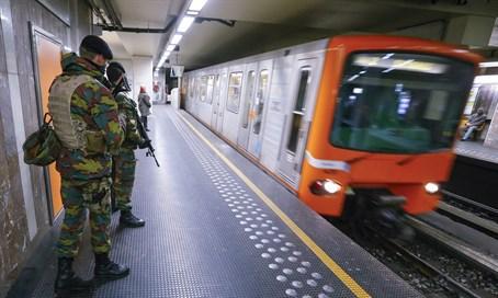 metro-Bruselas.jpg
