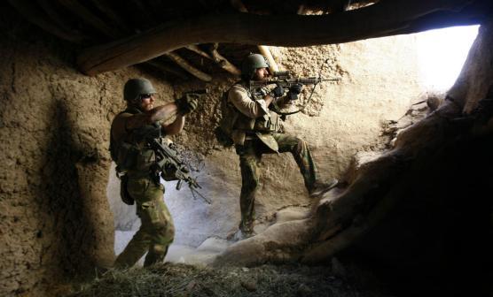 aumenta-la-amenaza-militares-de-la-inteligencia-holandesa-se-unen-al-isis.jpg