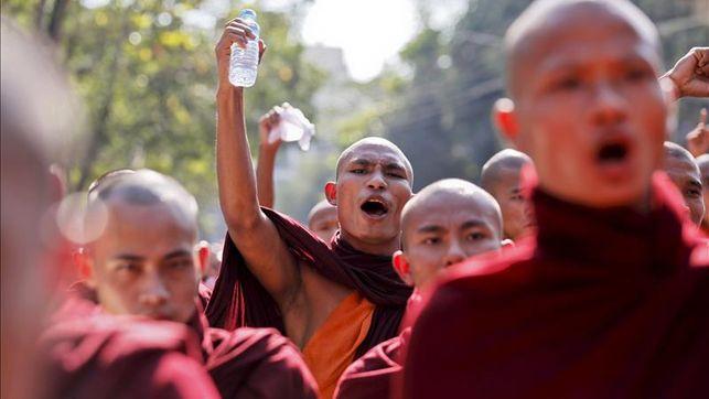 Budistas-birmanos-repatriacion-inmigrantes-musulmanes_EDIIMA20150527_0084_4