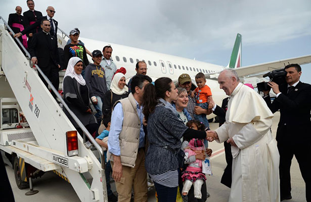 inter-papafrancisco-refugiados1